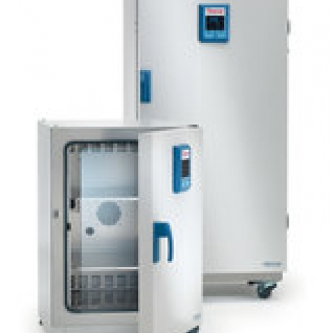 Cooling incubator Heratherm® IMP180 with inside socket, vol. 178 l