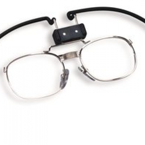 Spectacles holder from 3M, acc. to EN 136